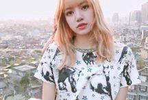 (b) Lisa