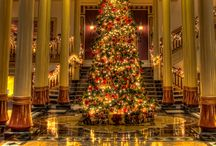 Hotel Christmas Decorations / How about spending Christmas in a hotel ? Think about it you won't have to tidy up the decorations after the holidays...just enjoy them!