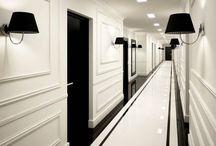 Long hall narrow black door / Korytarz