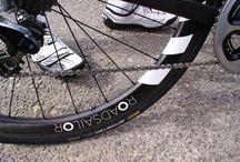 Tough days on the bike / Ausdauerathleten werden im Winter geformt.