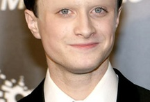 Celebs without eyebrows! / This board shows the sheer importance of eyebrows!