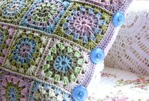 crochet pillow cover