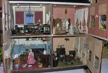 Dolls houses / by Ingrid Duffy
