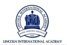 About Us  / Lincoln International Academy es un establecimiento educacional particular y privado, fundado en 1976 por el señor Robert G. Seaquist y su esposa, señora María Verónica Caroca. Sedes en Lo Barnechea y Chicureo. Rector John F. Seaquist