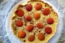 Sweets / tarts, piers, chocolate, cheesecakes, all kind of sweets