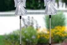 Garden Solar Stakes / Garden Stakes you'll love in the day, and you can show off at night with solar LED lights