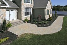 Walkways & Stoops / Above All Masonry can help craft paver and brick stoops, paver walkways, natural stone walkways and stoop landings, single and multi-step stoops, walkways and stoops with integrated lighting, and walkways and stoops that blend seamlessly with paver patios, driveways, retaining walls and brick & stone veneer.