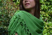 Green shawl Collection / Una collezione di scialli verde come il prato di montagna