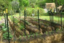 Gardens - Hay bales