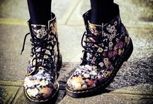 Clothes/Shoes