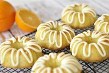 Cooking: Cakes & Cupcakes / by Lauren Guy Summersett