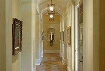 Inviting Entrance Hallways / Inspiration for home improvements to the hallway and stairs.