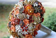 Fall wedding ideas / Fall wedding inspiration and ideas #brides #hair #inspo #weddings #weddinginspo