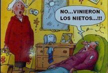 Humor / by Carmen Sanchez
