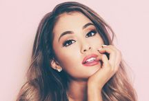 ariana grande / Ariana is a very good singer