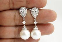 Wedding earrings pearls