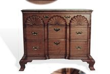 Antique Reproductions / Reproductions of antique furniture