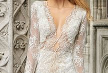 || SOLO MERAV || / We are obsessed with solo merav's designs because of the craftsmanship and detailing that goes into each and every gown. Solo Merav wedding dresses include sophisticated wedding dresses, unique lace wedding dresses, and beaded wedding dresses.