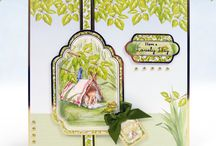 Garden Themed Kits / Enjoy this beautiful collection of floral cards featuring many different flowers as well as charming descriptions for those avid flower lovers!