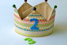 Coronas de tela / Coronas de cumpleaños que podréis encontrar en Pirulas y en kmfamily km family es una tienda llena de cosas bonitas!!!