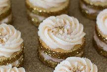 Metallics / We love this trend, it's so shiny! Adding metallics to your bakes really takes things up a notch. Try these recipes.