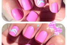 Girly Crap / Nail art / by Chelsea Hardy