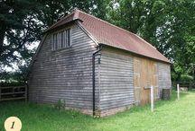 Oak framed barn / New handmade green oak barns