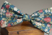 DAS030 / Fashion Inspiration for our Floral Bow Tie http://www.mightygoodman.nl/nl/english-fashion-floral-bow-tie-klassiek.html
