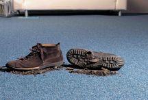 cuidado de tus alfombras /  tips : -pasa la aspiradora con regularidad por ambos lados y varias veces a la semana.asi prolongaras la vida de las alfombras. No te olvides de limpiar también los zócalos de alrededor y los radiadores. -trata enseguida manchas y derrames para que no quede ni rastro de ellas al limpiarlas. -limpialas a fondo una vez al año girando las alfombras 180 grados. También es aconsejable que muevas los muebles que tienes encima de ellas, para que mantengan un aspecto perfecto. www.deconcept.com.co