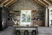 Kitchen / by Patricia Chagoyan