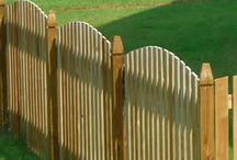 FenceGuides - Picket Wood Fencing / Picket wood fencing options and ideas which we simply love.