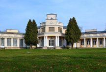Rejowiec - Pałac Ossolińskich / Pałac w Rejowcu wybudowany w pierwszej połowie XIX wieku z inicjatywy Kajetana Osolińskiego (zbudował go z myślą o swojej córce Konstancji). W pałacu mieścił się Ośrodek Doradztwa Rolniczego. Obecnie budynek jest remontowany i w przyszłości ma zostać siedzibą urzędu gminy.