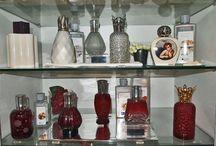 Lampe Berger / ¿Os gustan los olores?¿Deseáis ambientar o perfumar un espacio cerrado dándole a la vez un toque de diseño? Podéis conseguirlo con estos ambientadores de elegante diseño. Los hay para todos los gustos