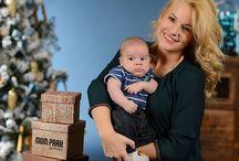 XMAS fotózás / Karácsonyi üdvözlőlap fotózás a MOM Parkban, 2014. novemberében, a Butlers által berendezett ünnepi környezetben. A képek nyomtatásában a XEROX nyújtott segítséget, s a bevételből a Bátor Tábor Alapítványt támogatja a MOM Park. Aki a róla készült üdvözlőlapokat online továbbküldi, értékes ajándékokat nyerhet. A sorsolás fődíja egy családi síút Ausztriába a Vista Utazási Irodák jóvoltából, illetve egy wellness hétvége a Lifestyle Hotel Mátra**** superior családi lakosztályában.