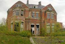 Abandoned. / Images of beautiful abandoned places around the world.