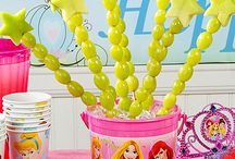 Kids B-day parties / by Nicole Castillo
