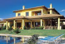 Faixada de casas / Arquitetura e Construção