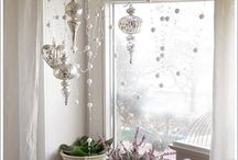 White and Silver Chrissy Decoration Ideas