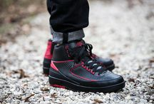 "Air Jordan 2 Retro ""Alternate"" (834274-001)"