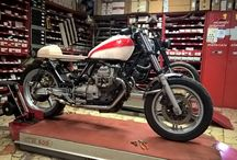 Pino garage / Moto Guzzi V35 Cafè Racer under construction