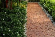 บล็อกคอนกรีตปูพื้นและวัสดุตกแต่งพื้นภายนอก / บล็อกปูพื้น กระเบื้องคอนกรีต และวัสดุตกแต่งสวน จาก เอสซีจี แลนด์สเคป (SCG Landscape) เลือกชมสินค้าทั้งหมดได้ที่นี่ http://www.scgbuildingmaterials.com/th/Products/ConcreteBlock