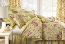 Bedsheets and curtain set