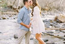 Engagement Photo ideas & outfits