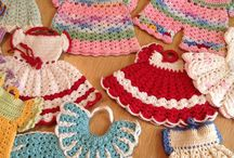 Vintage crochet dress pot holders