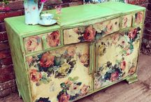 Transfer Image Painted Furniture. / Painted Furniture using Chalk Paint TM by Annie Sloan and Image Transfer by Deborah Meredith at Tea & Roses.