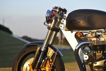 Two Wheels Good / Minimal motorcycles with beautiful, functional design.