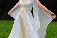 Mittelalter Hochzeitskleid / Mittelalter Hochzeitsmode von Corde Micante.