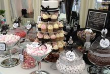 Entertaining Candy buffets y mesa de dulces  / by Angelica Garcia