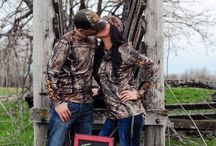 Engagement photo ideas / by Kelsie Copeland