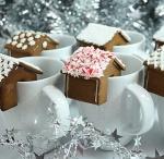 Cookies & bars / by Zania Kaas